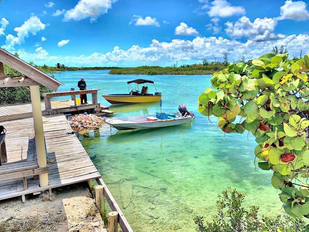 vurku.com-bahamas-CEpMIIKMTfL