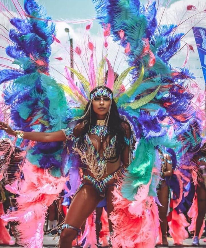 vurku.com-bahamascarnival-
